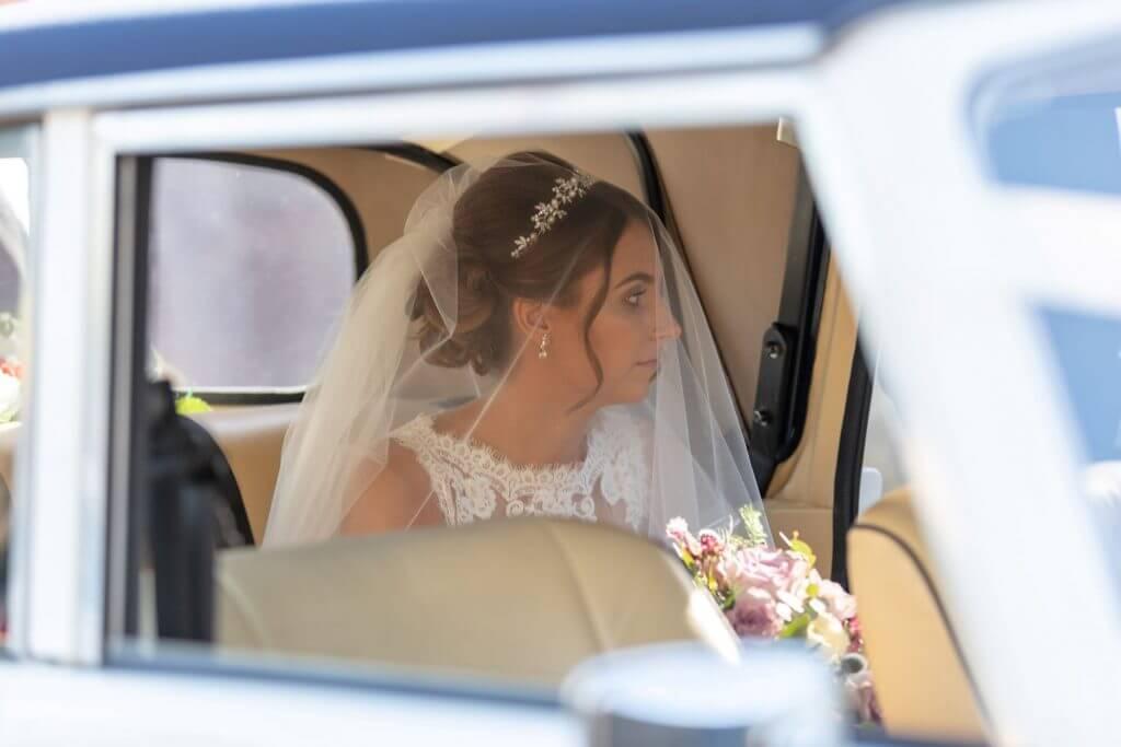 13 bride and bridal car Iffley church oxford wedding photography