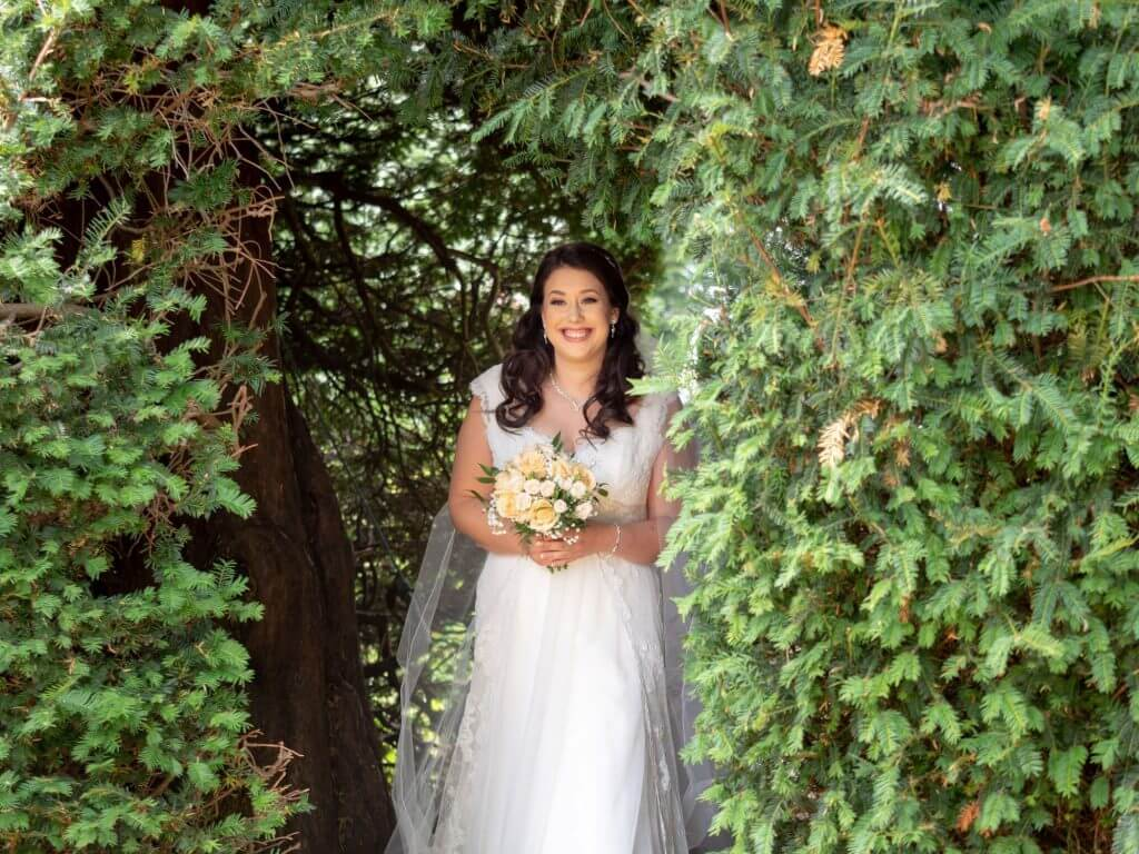 16 brides white dress long veil pre open air marriage ceremony oxford wedding photography