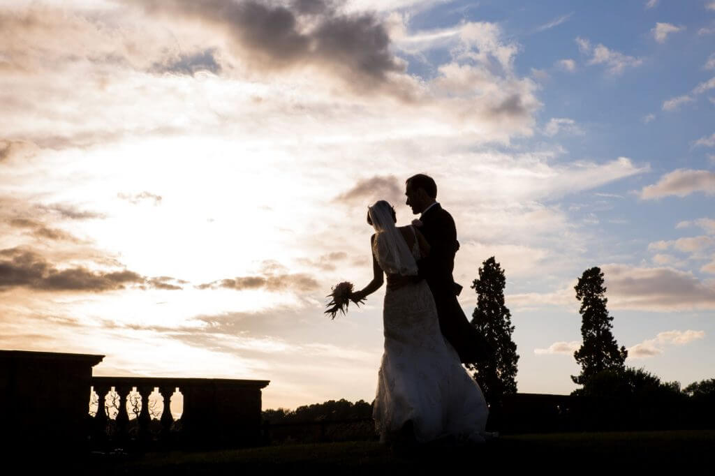 21 bride groom sunset stoneleigh abbey gardens kenilworth warwickshire oxfordshire wedding photography