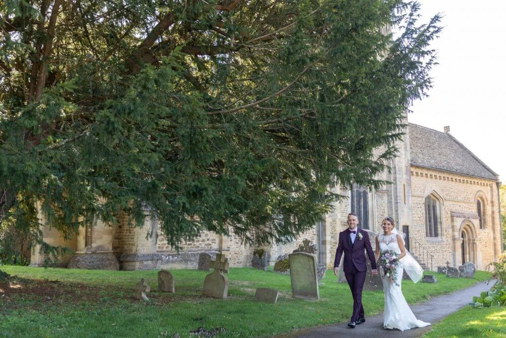 22 just married bride and groom iffley church oxford wedding photography