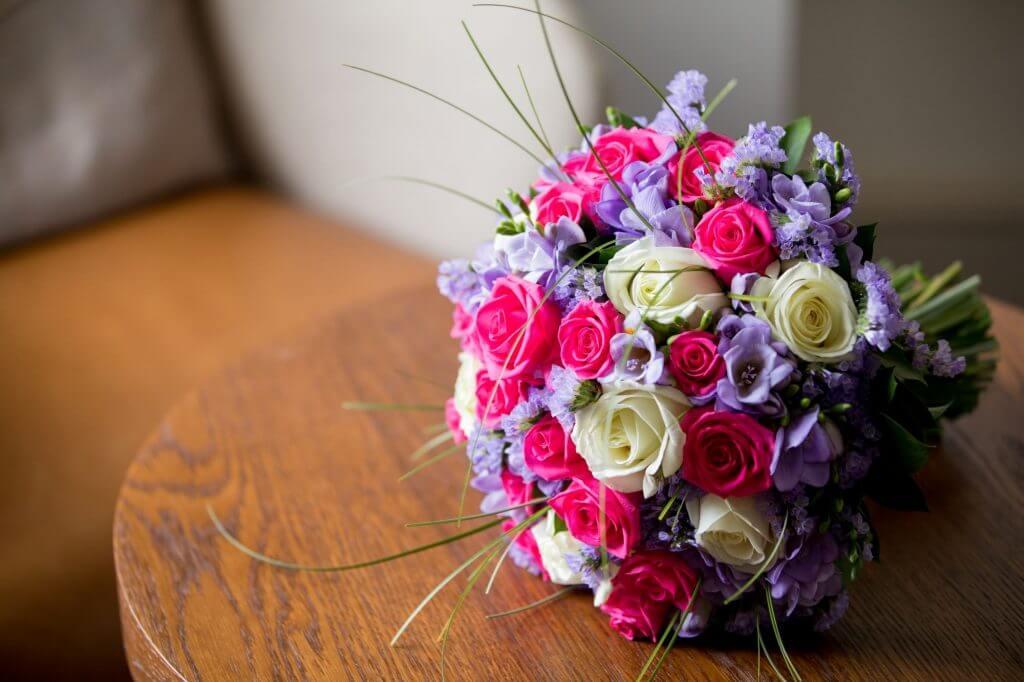 25 brides flower bouquet bridal preparation de vere beaumont estate venue windsor berkshire oxfordshire wedding photography