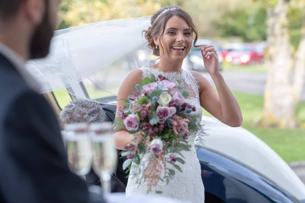 26 bride and bouquet milton hill house steventon wedding photography