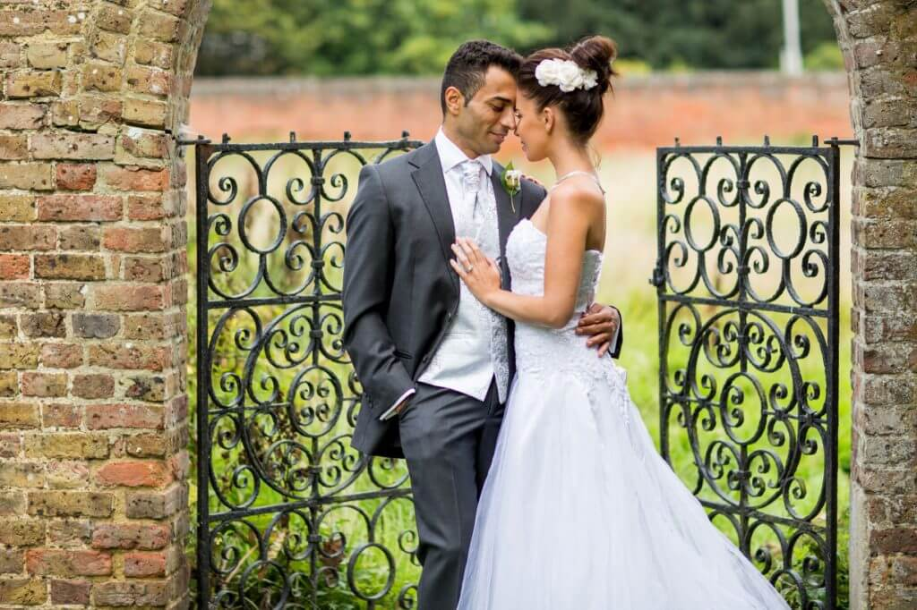 bride groom wedding portrait buckinghamshire oxford oxfordshire wedding photographer 13