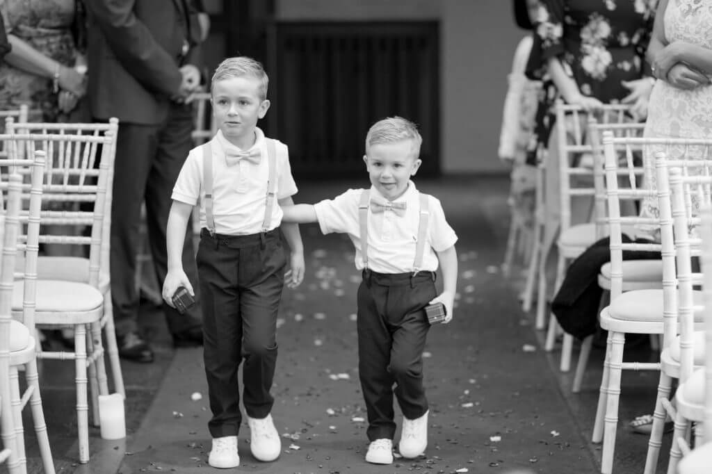 brides pageboys marriage ceremony bay tree hotel burford cotswolds venue oxfordshire wedding photography 22