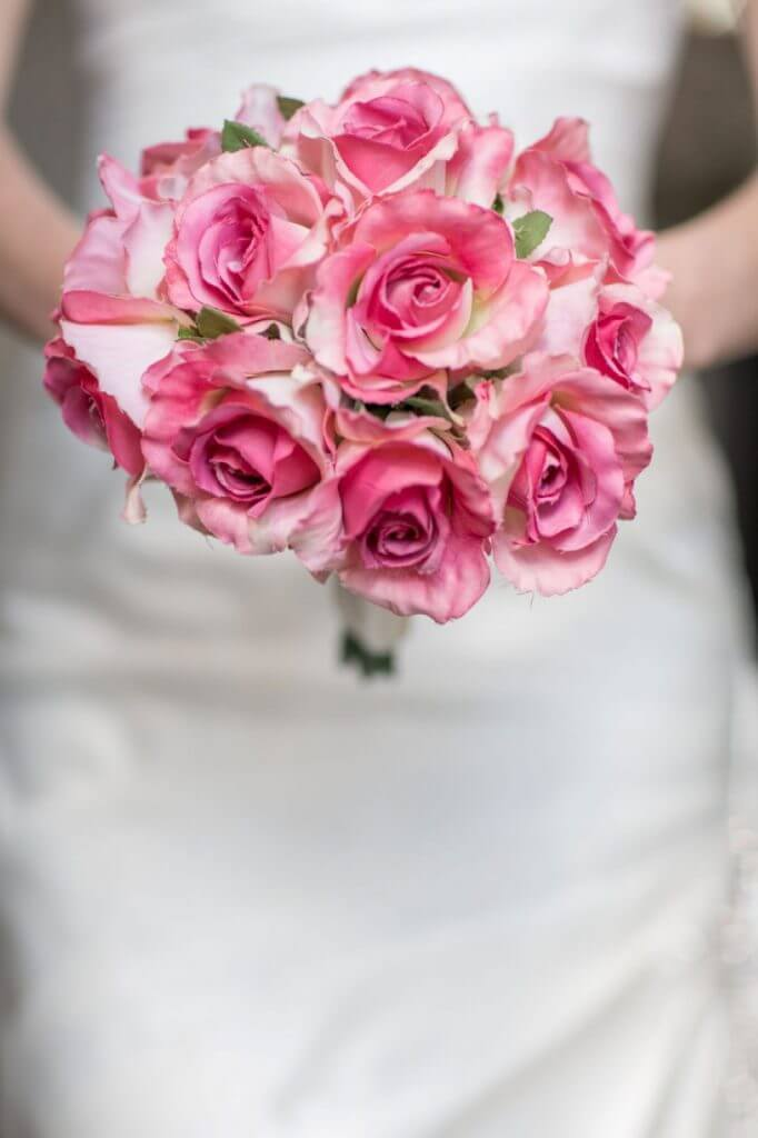 brides rose bouquet buckinghamshire wedding photography 29