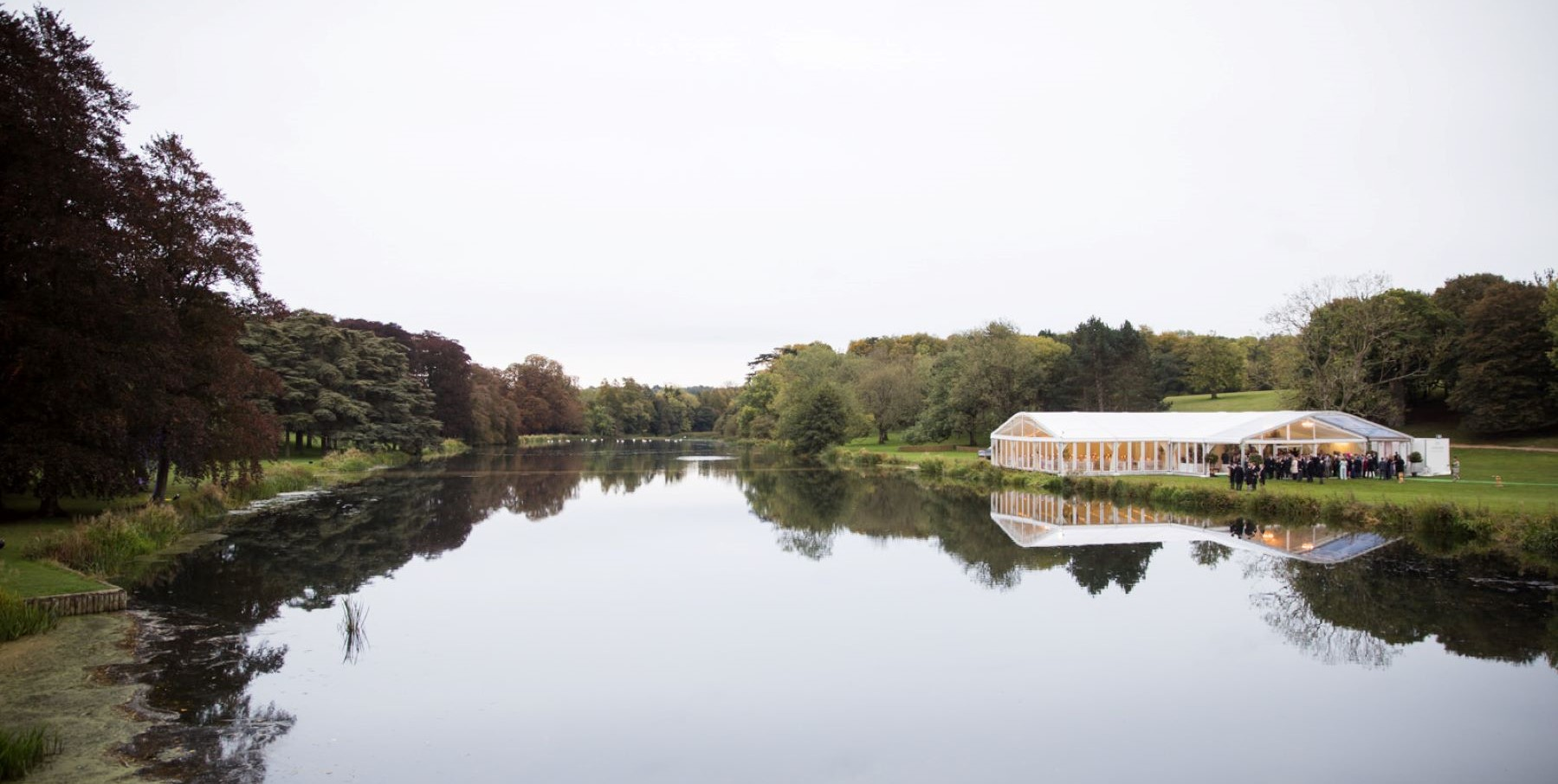 lake marquee blenheim palace woodstock oxfordshire wedding venue s r urwin photography