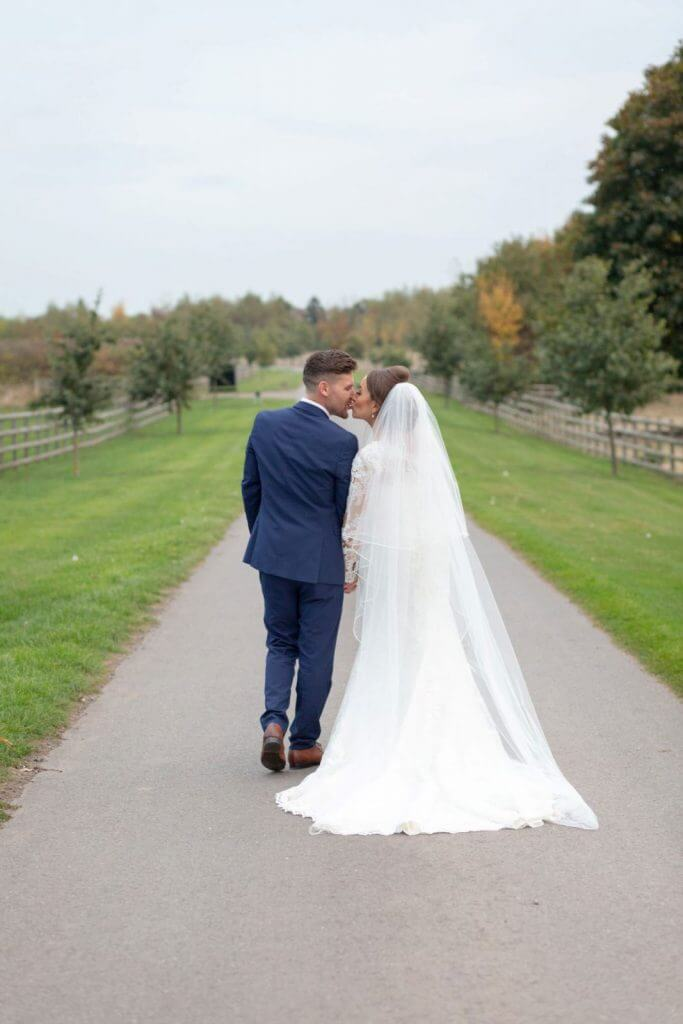 luxury wedding dress long white veil mythe barn leicestershire staffordshire warwickshire venue oxford photographer 12