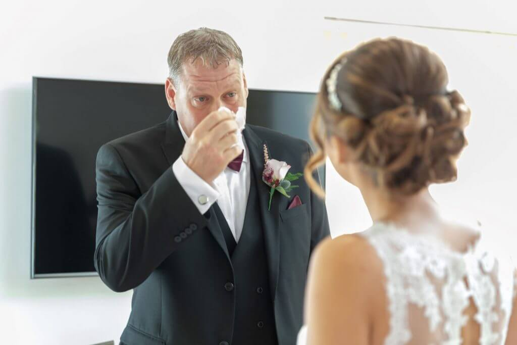 tearful father of the bride wedding preparation oxford oxfordshire photographer 24