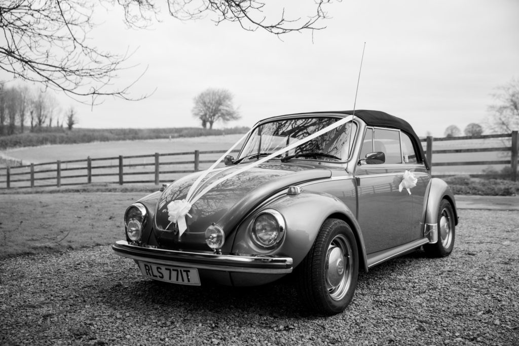 bridal car kingscote barn tetbury oxfordshire wedding photography