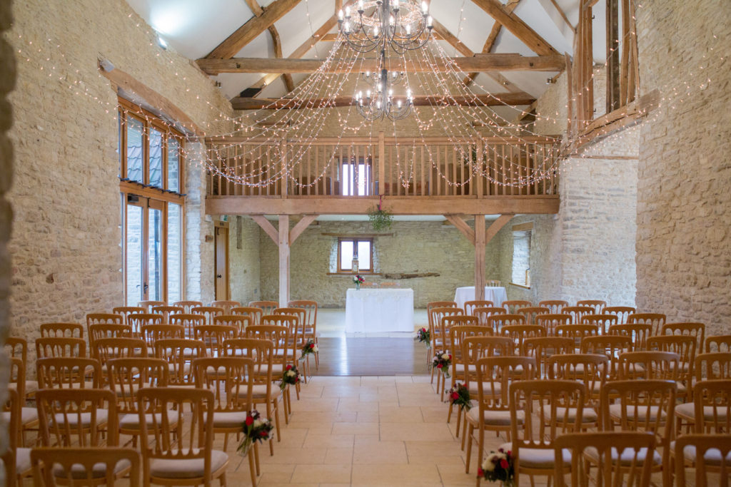 kingscote barn and minstrel gallery oxford wedding photographer