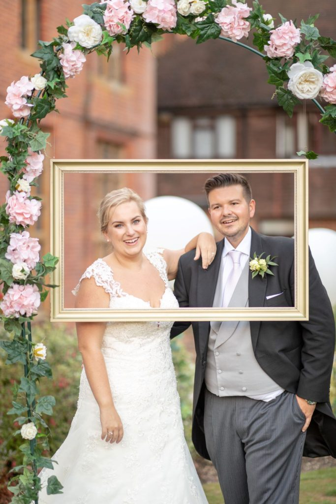 bride groom rose garden stately home venue oxfordshire wedding photographers