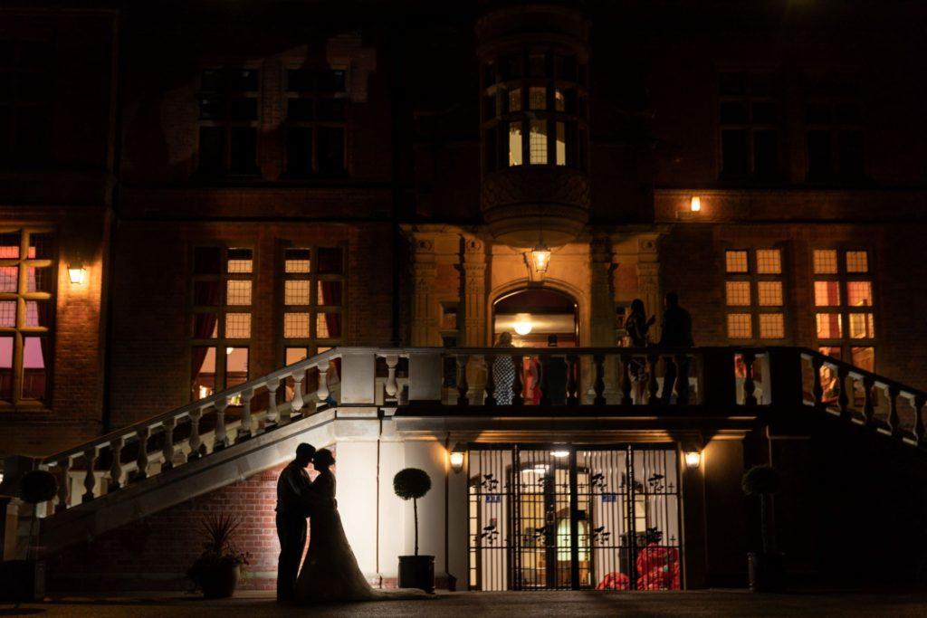 bride groom silouhette stately home venue oxfordshire wedding photographer