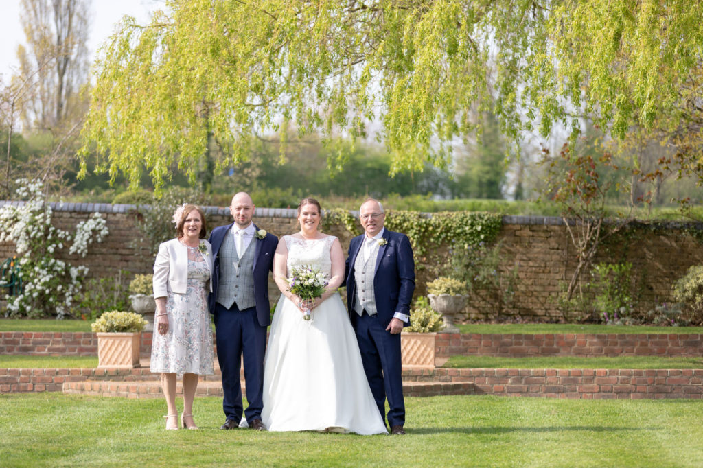 traditional family wedding portrait oaks farm surrey oxford wedding photographer