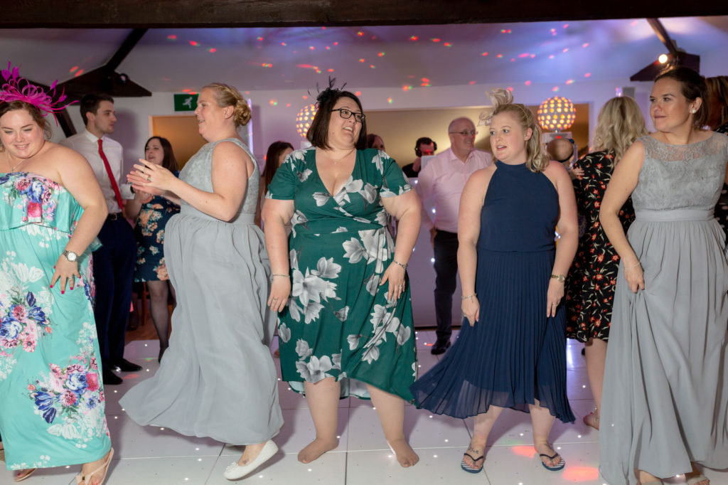 line dancing guests oaks farm wedding venue surrey oxfordshire wedding photography