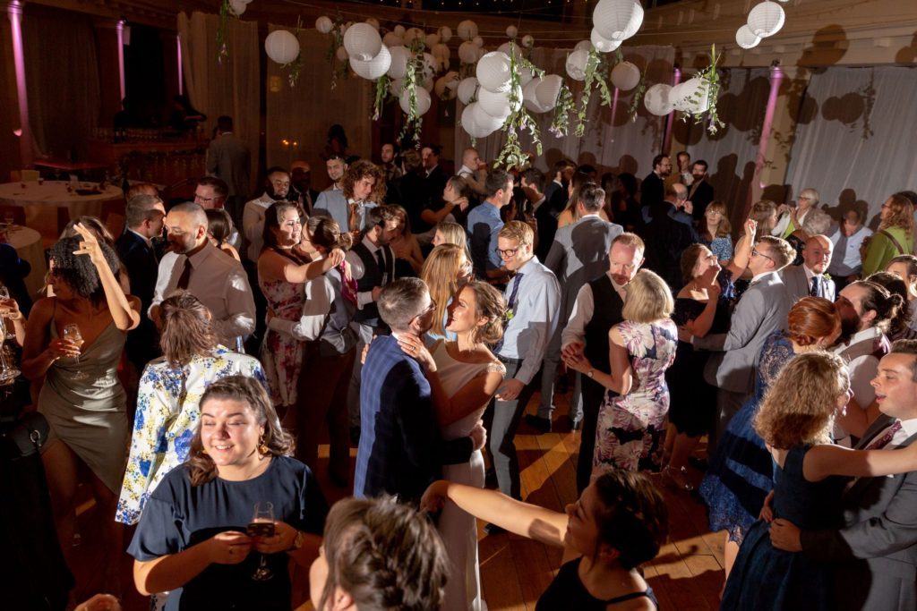916 guests dance at evening celebration party st marys church marylebone london oxfordshire wedding photographers
