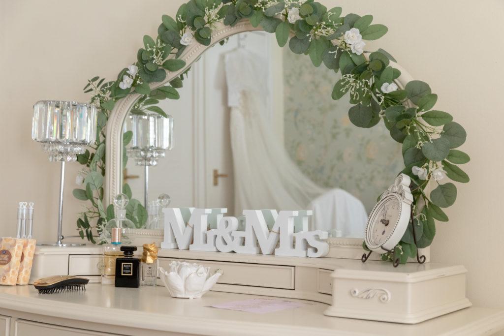 bridal prep dressing table the elvetham hartley wintney hampshire oxford wedding photographers