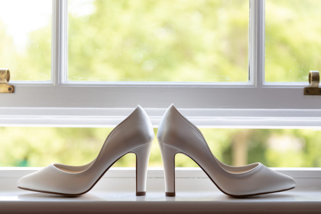 brides shoes ardencote claverdon venue warwick oxford wedding photographers