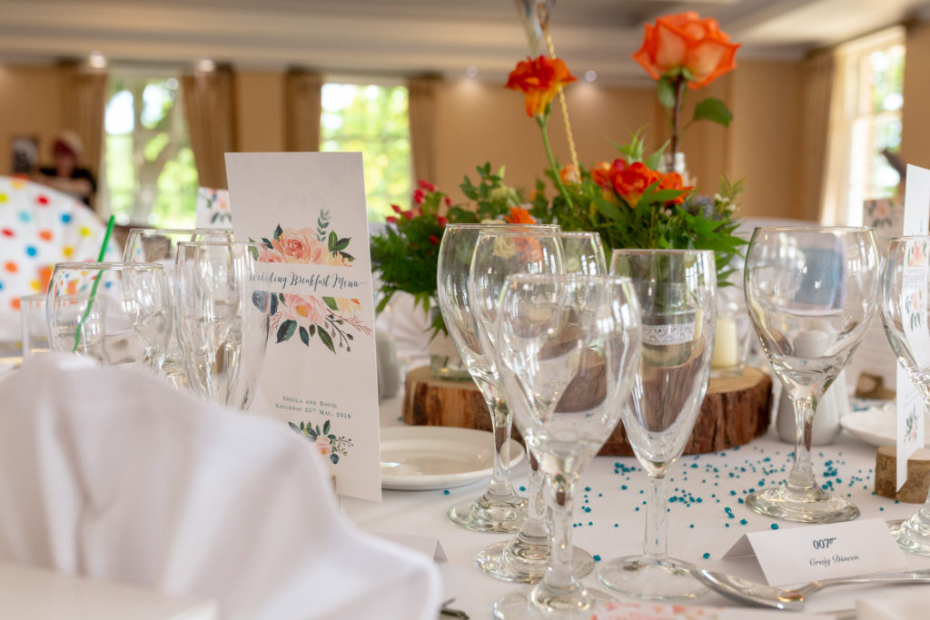 reception dinner table arrangement ardencote claverdon luxury venue warwick oxfordshire wedding photography