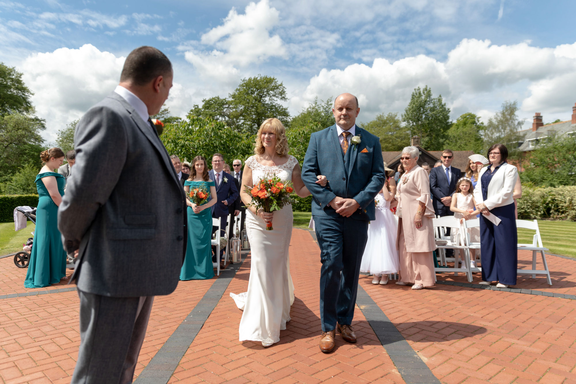 father gives away bride to groom ardencote luxury venue claverdon warwickshire oxford wedding photographers
