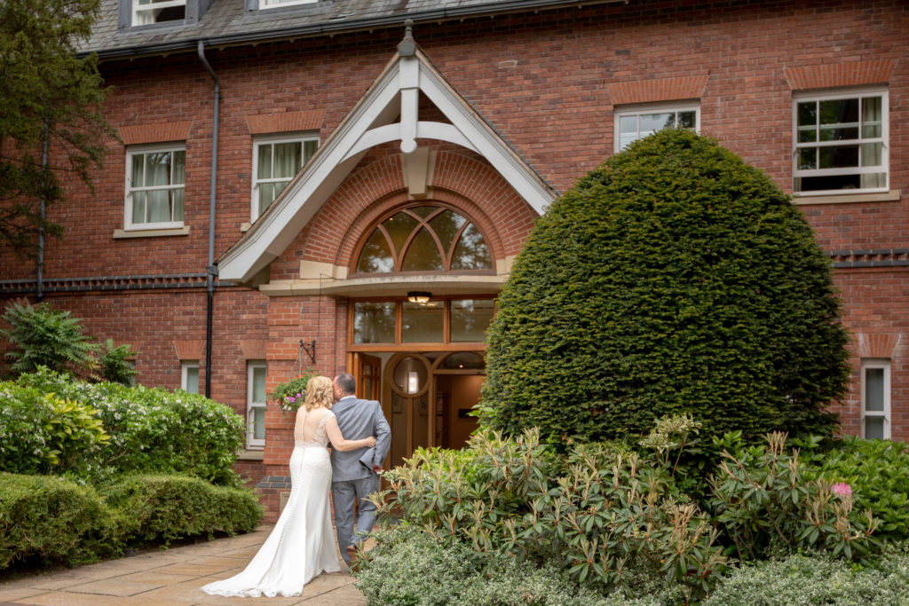 bride groom enter ardencote hotel claverdon warwickshire oxfordshire wedding photographer