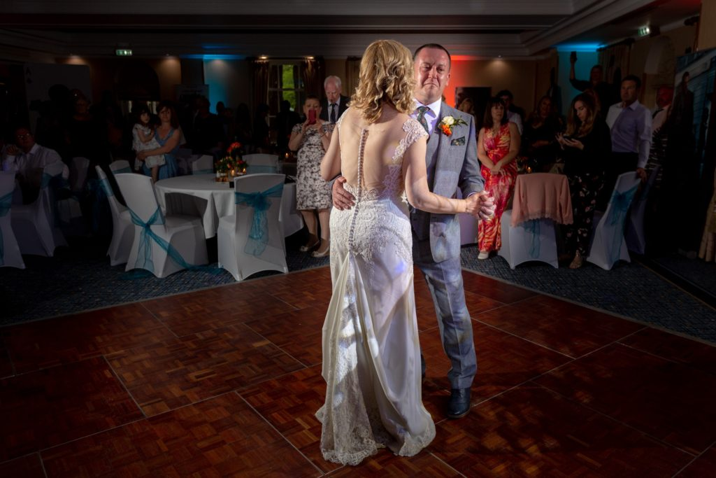 bride groom first dance ardencote luxury venue claverdon warwickshire oxfordshire wedding photography