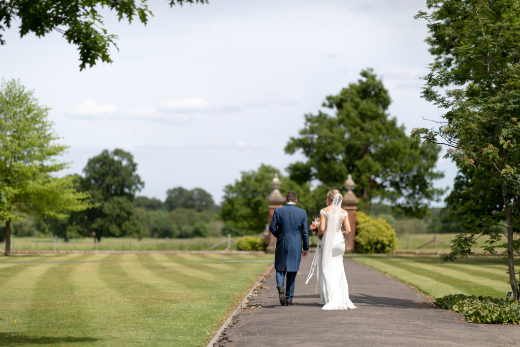 bride groom stroll the elvetham gardens hartley wintney hampshire oxfordshire wedding photography