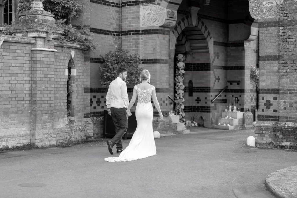 bride grooms evening stroll the elvetham luxury venue hartley wintney hampshire oxfordshire wedding photographers