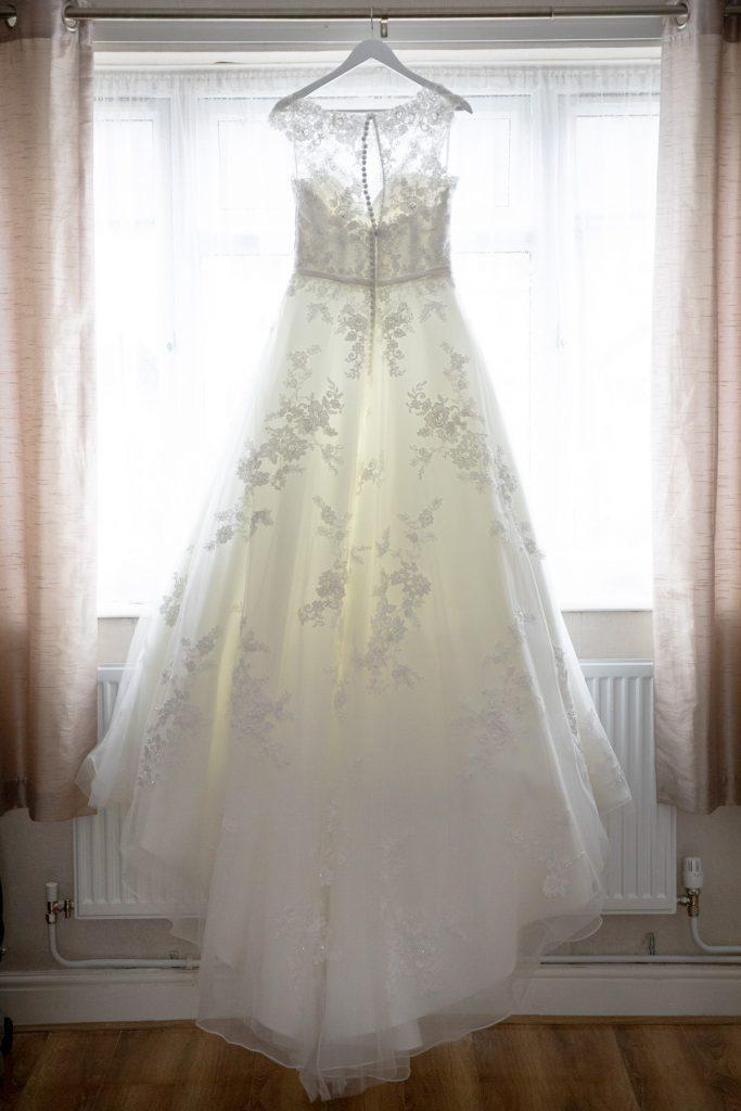 brides wedding dress village hotel club venue dudley birmingham oxford wedding photographer