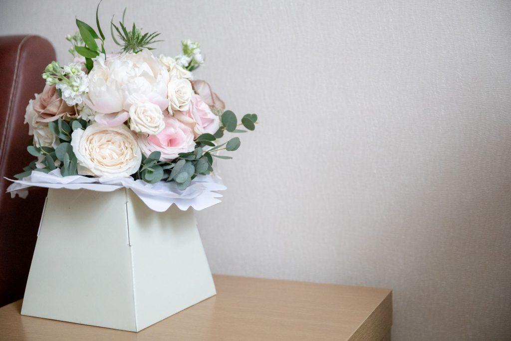 brides floral bouquet village hotel club venue dudley birmingham oxford wedding photographers
