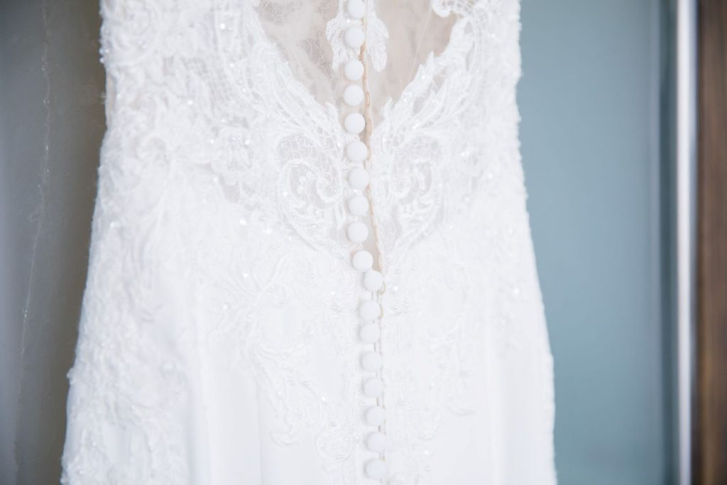 brides lace white dress bridal prep marylebone hotel londong oxfordshire wedding photographers