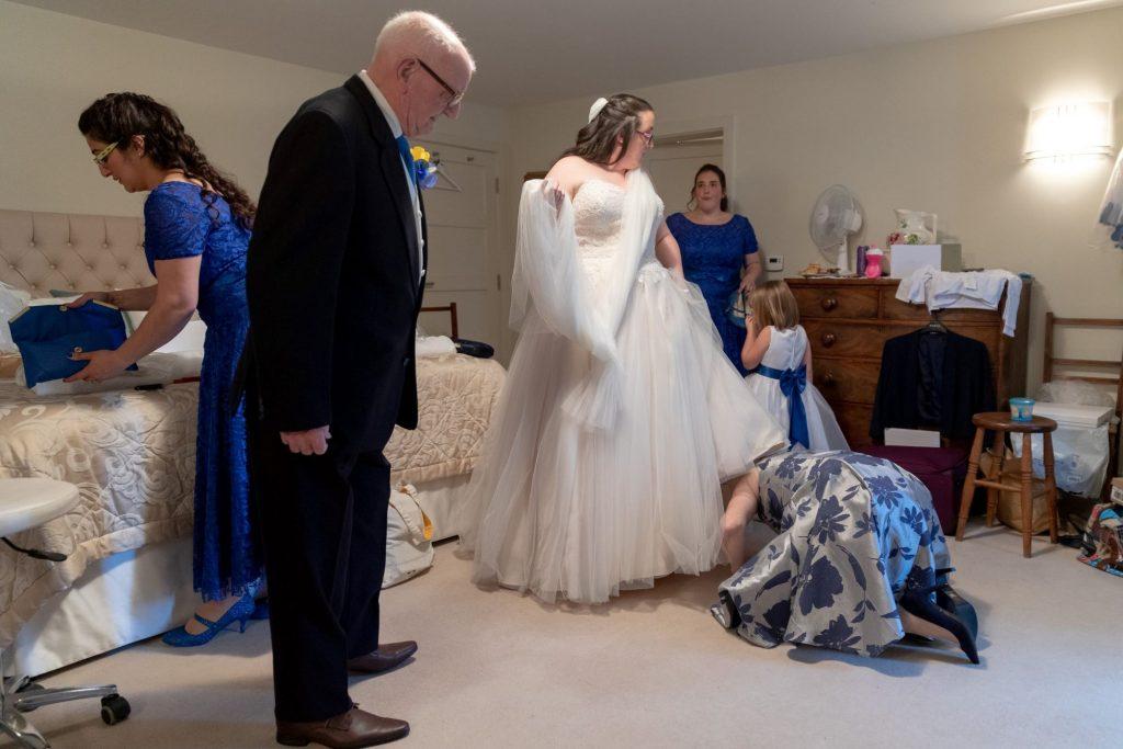 bride checks dress bridal preparation manor hill house bromsgrove worcestershire oxfordshire wedding photographers