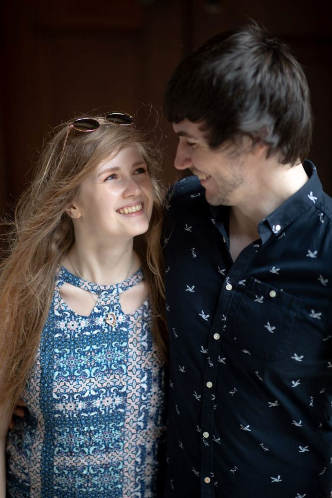 hayley ricky smiling oxford city centre engagement photography session oxfordshire wedding photographers