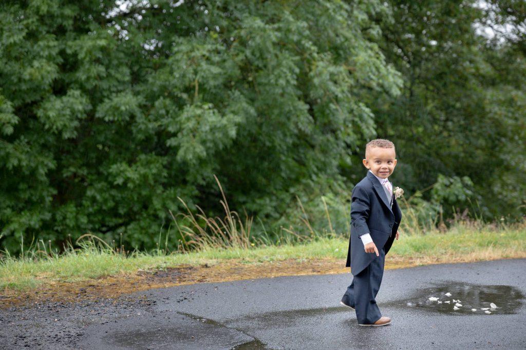 pageboy eyes puddle st marks church pensnett dudley west midlands oxford wedding photographers
