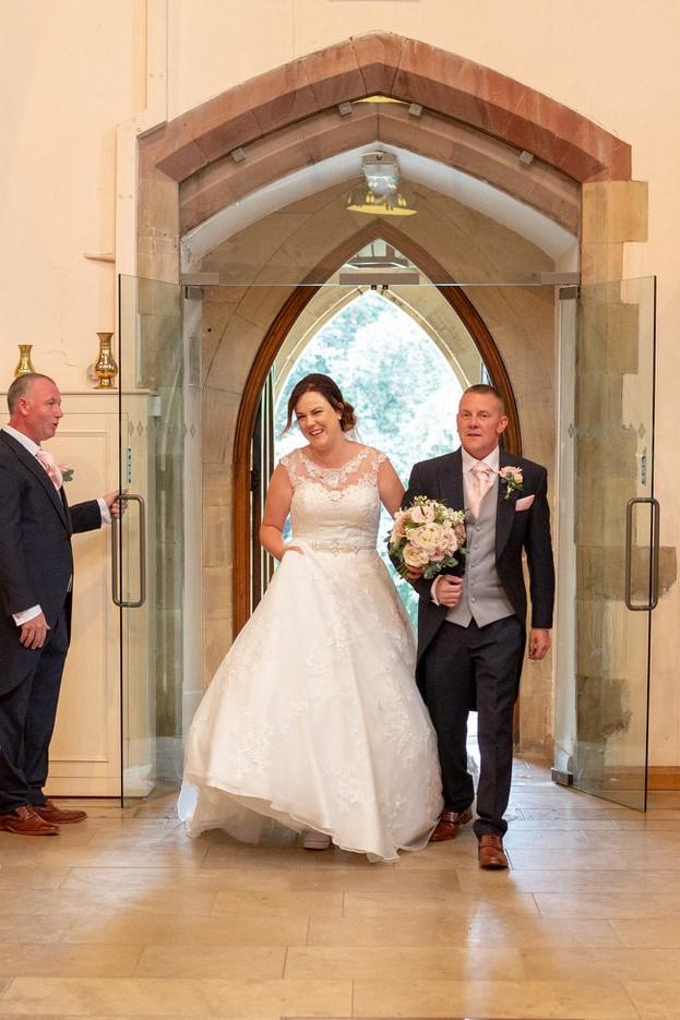 bride enters church marriage ceremony st marks pensnett dudley west midlands oxfordshire wedding photographer
