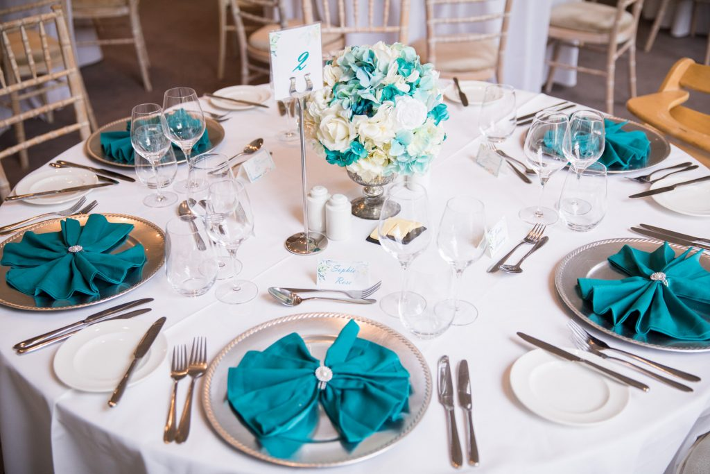wedding breakfast table napkins academy of medical sciences portland place london oxford wedding photographers