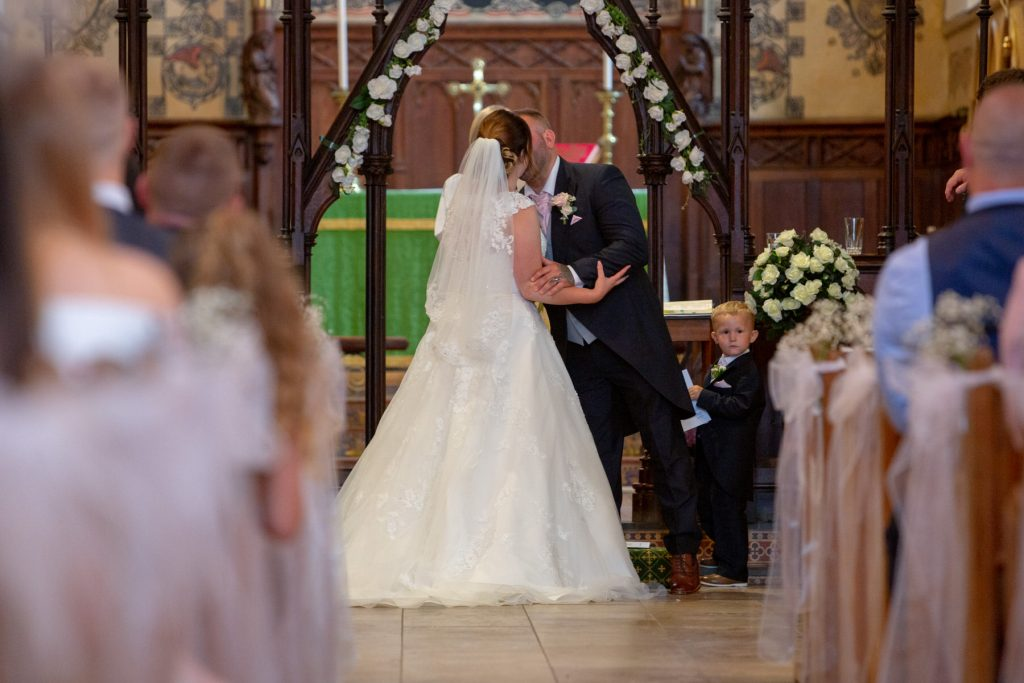 first kiss marriage ceremony st marks church pensnett dudley west midlands oxford wedding photography