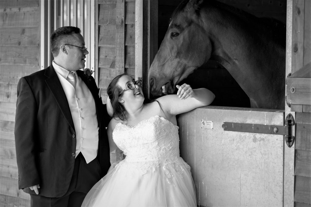 bride groom visit horse stable manor hill house bromsgrove worcestershire oxfordshire wedding photography