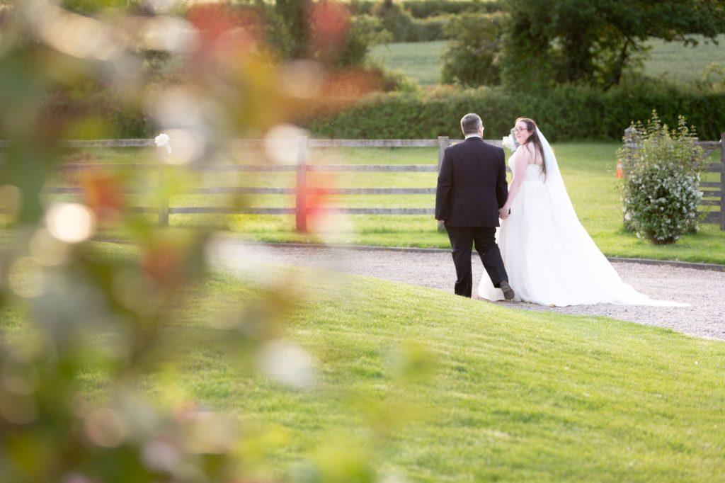 bride groom walk around grounds manor hill house bromsgrove worcestershire oxfordshire wedding photographer