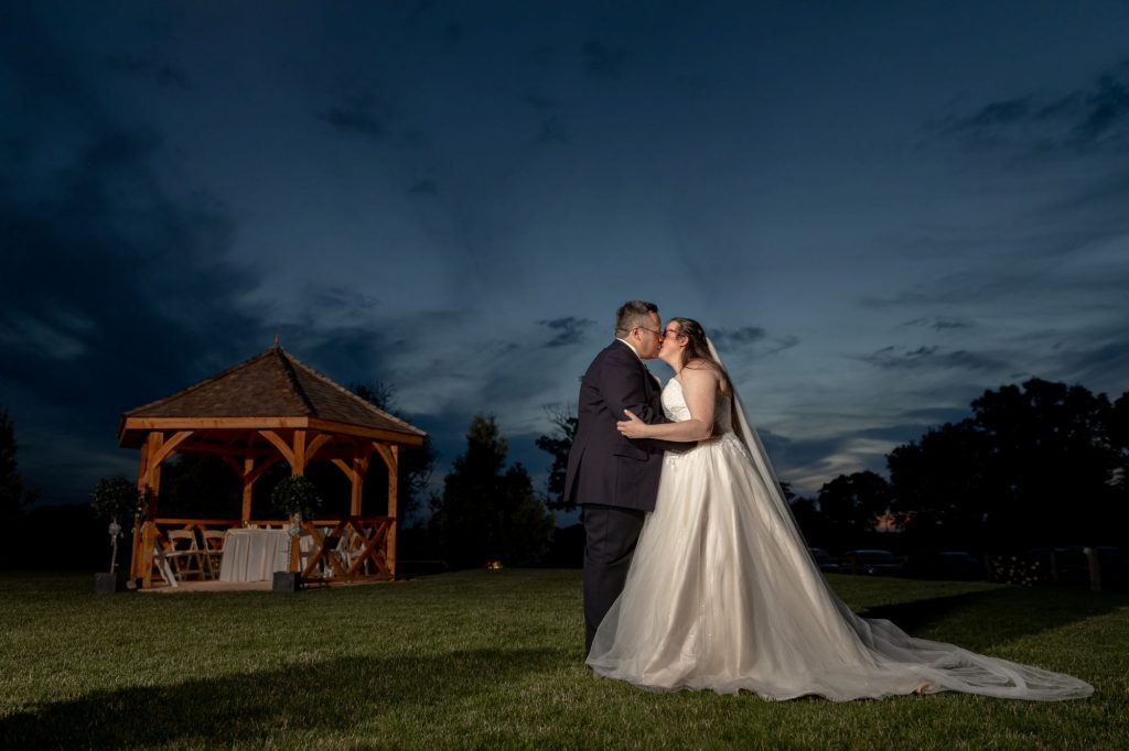 bride groom kiss under starlight sky manor hill house bromsgrove worcestershire oxfordshire wedding photographers