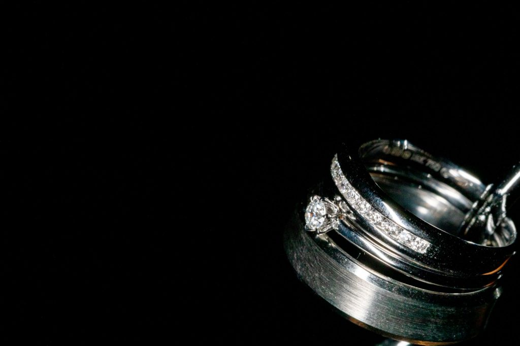 bride groom rings manor hill house bromsgrove worcestershire oxford wedding photographer