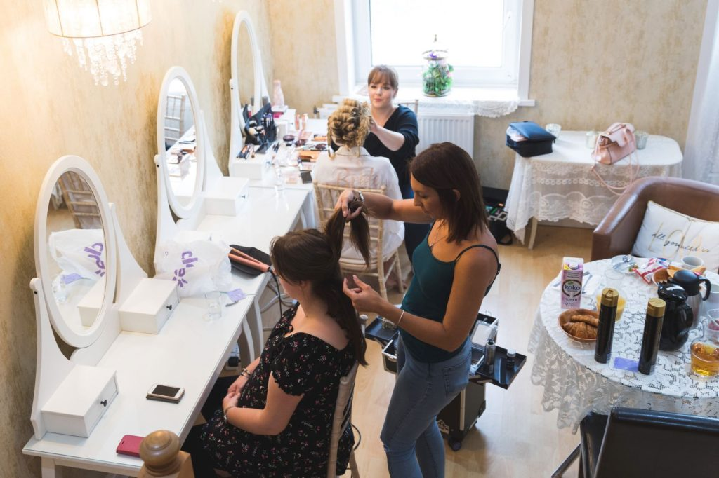 bridal preparation hairstyling the wroxeter hotel shrewsbury shropshire oxford wedding photographers