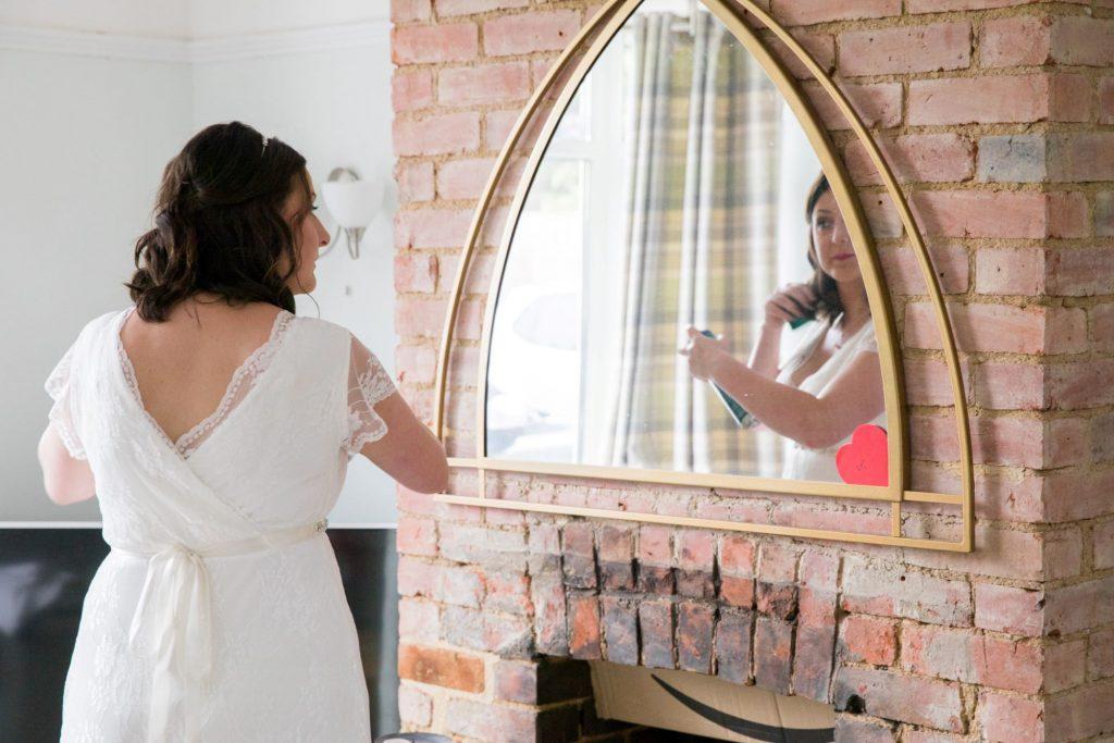 bridal prep hairstyling registry office ceremony roysse court abingdon oxford wedding photographer