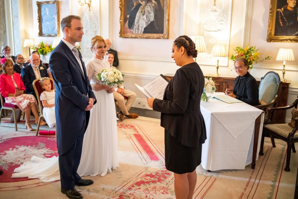 bride groom celebrant marriage ceremony lansdowne club mayfair london oxford wedding photography