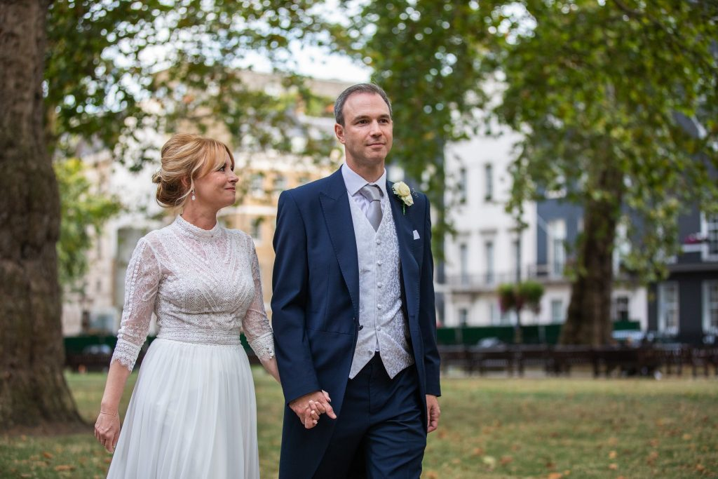 bride groom park stroll lansdowne club marriage ceremony mayfair oxfordshire wedding photography