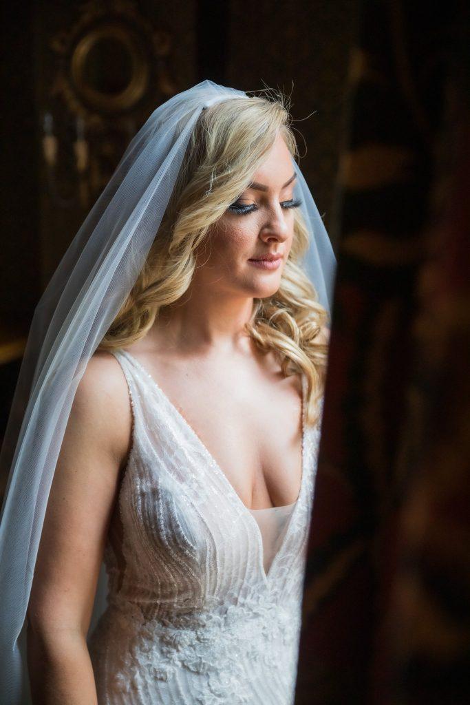 bride veil headress portrait kilworth house hotel north kilworth leicestershire oxford wedding photography