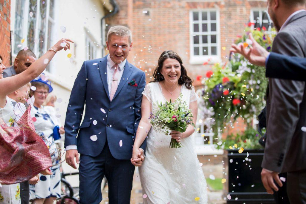 bride grooms confetti shower roysse court registry office abingdon oxford wedding photographers