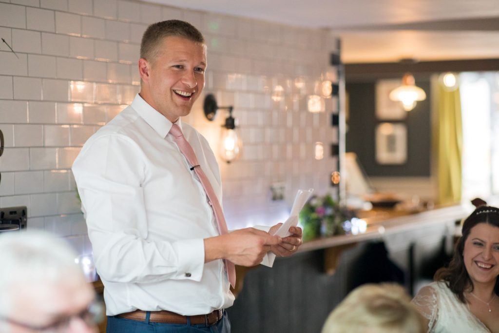 grooms speech broad face pub dinner reception abingdon oxfordshire oxford wedding photographer
