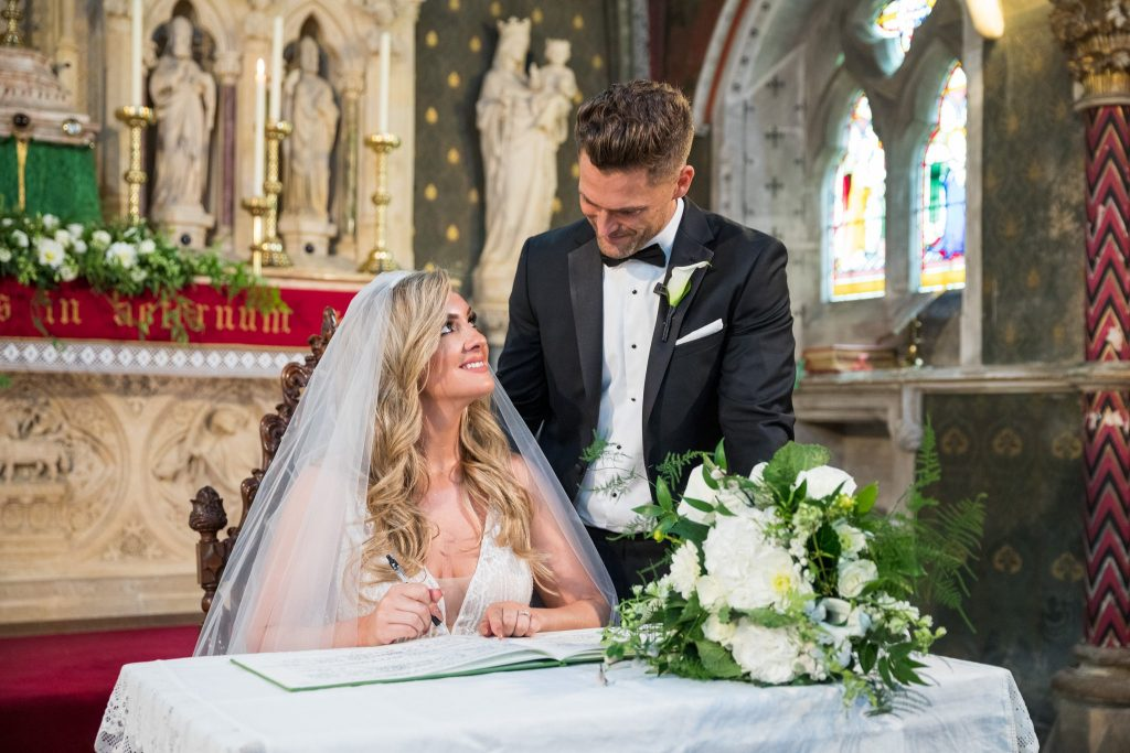 bride groom sign register st marys catholic church husbands bosworth leicestershire oxfordshire wedding photographer