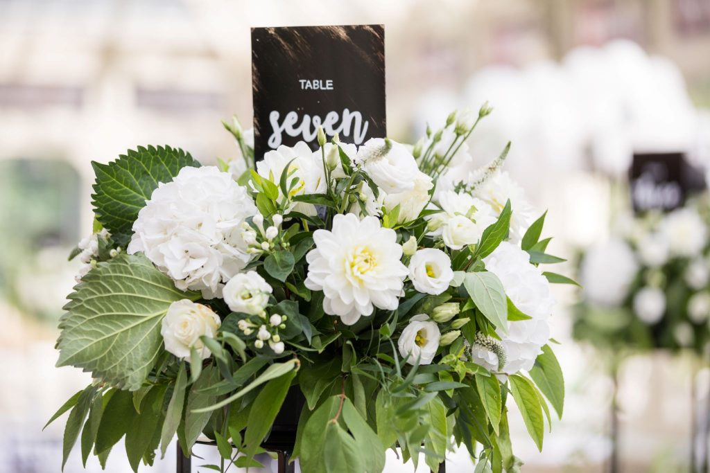 floral table arrangement kilworth house hotel north kilworth leicestershire oxford wedding photographers