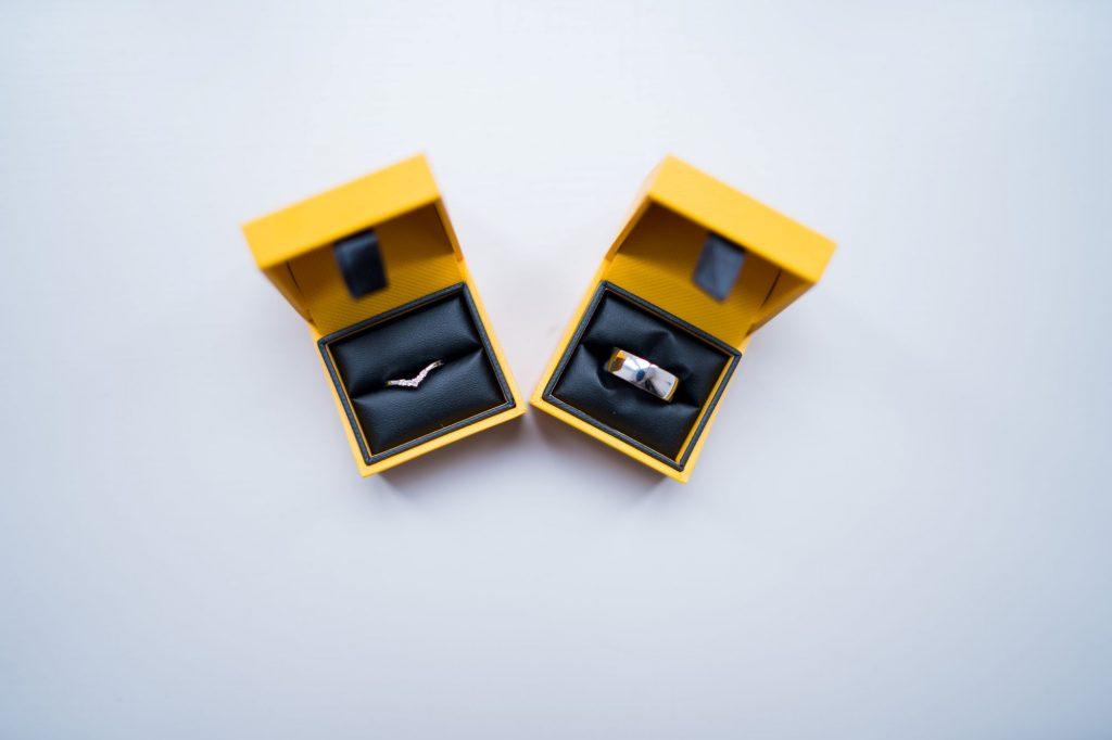 bride groom rings sir chrisptopher wren hotel windsor oxfordshire wedding photographer